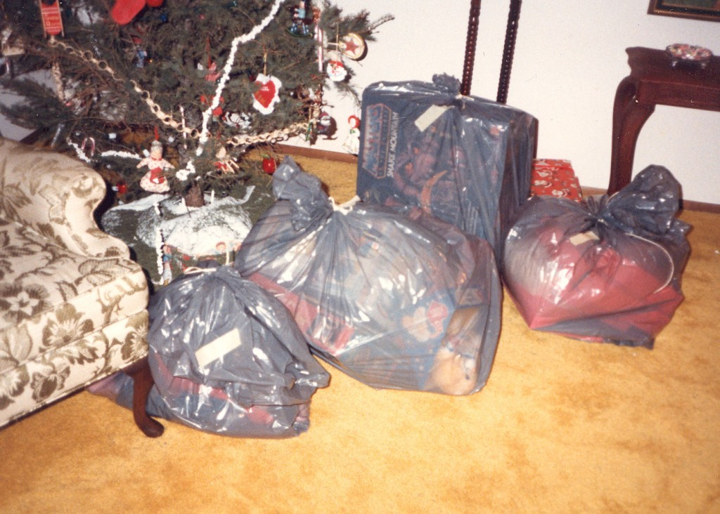 gifts-in-trash-bags